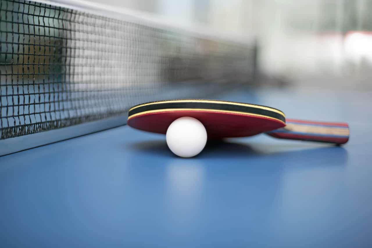 Keyifli Zamanlar Geçirmeyi Garantileyen Masa Tenisi Nasıl Oynanır?