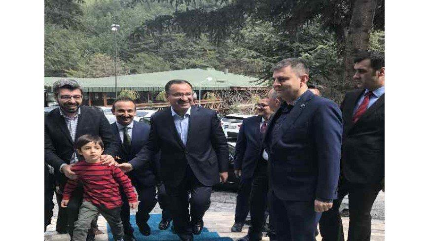 Türkiye Cumhuriyeti Adalet Bakanı Sayın Bekir Bozdağ Çam Hotel'de