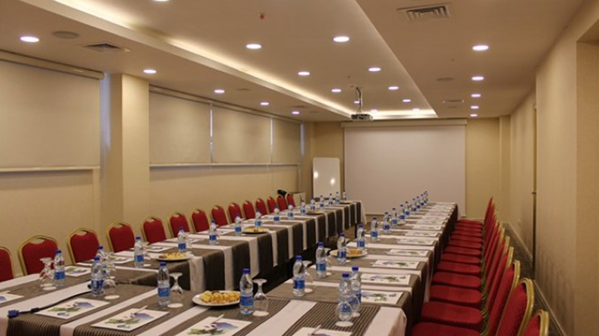 Çam Hotel - Ardıç Toplantı Salonu