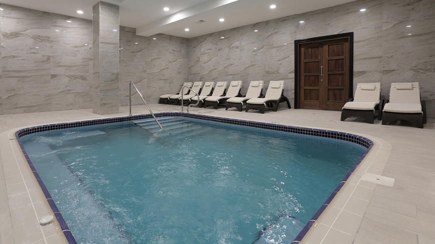 Çam Hotel - Termal Havuz
