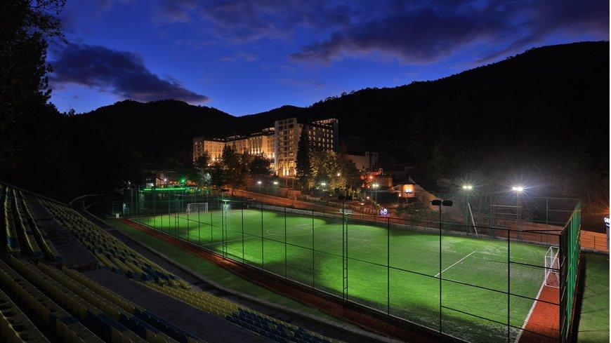 en iyi termal oteller, çam otel, futbol sahası