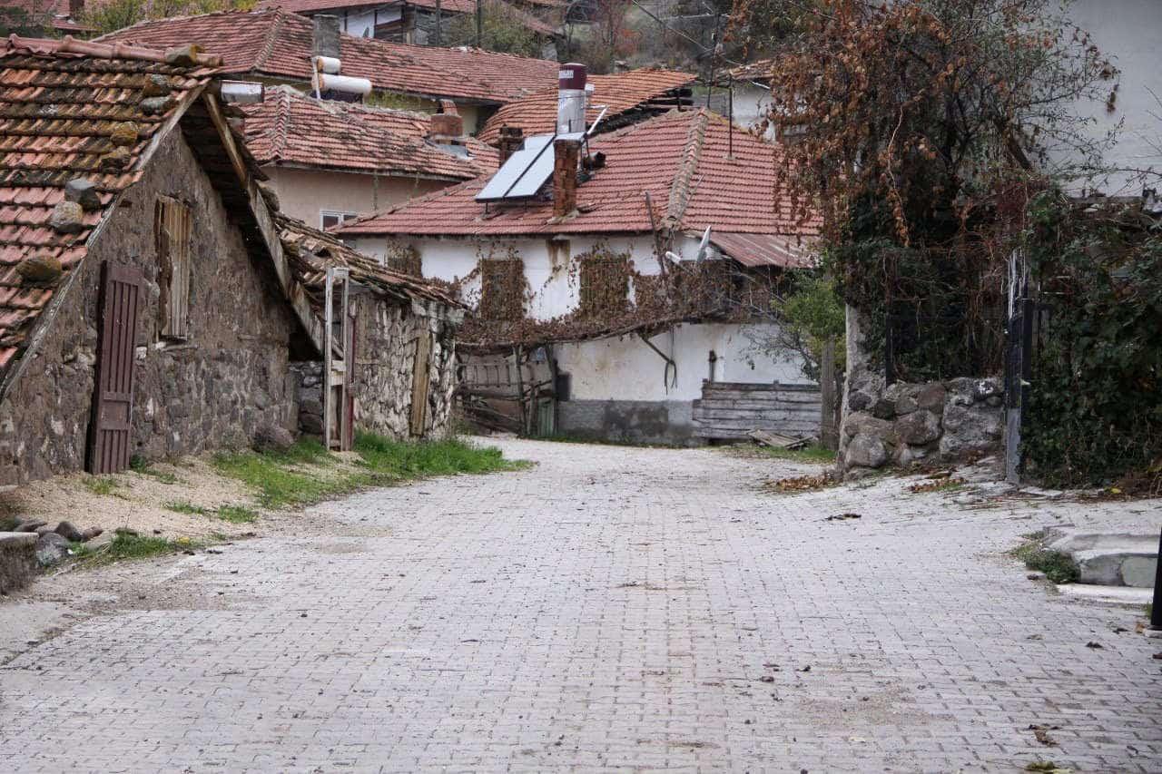 kırmızı pazar köyü, kızılcahamam gezilecek yerler rehberi