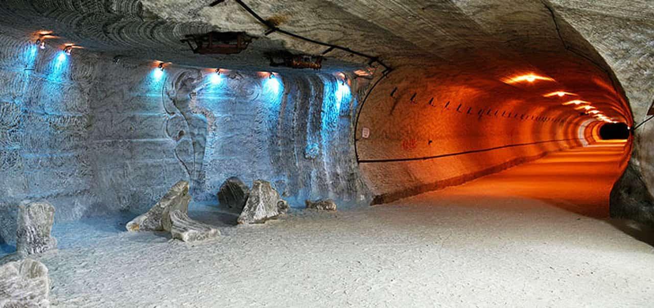 çam otel tuz mağarası