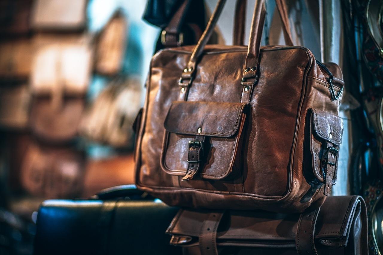 şık deri kahverengi bavul