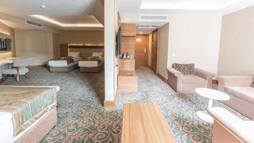 family-oda-cam-hotel-321321