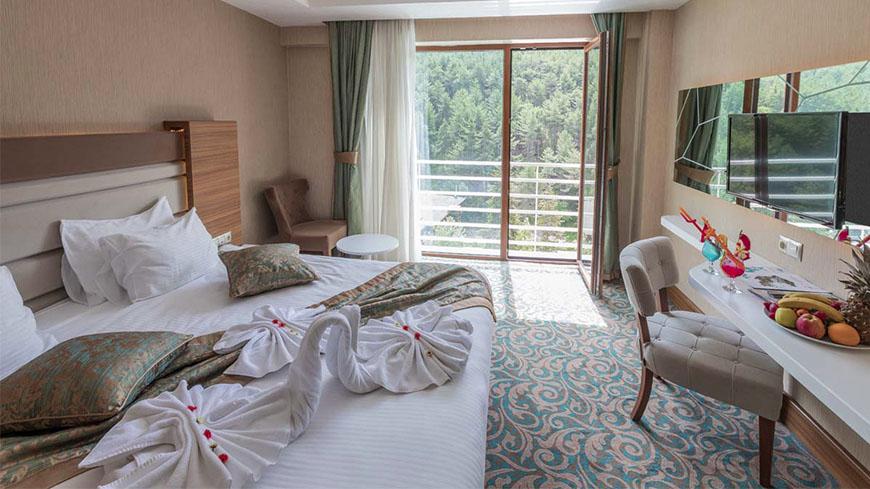 junior-oda-cam-hotel-321321