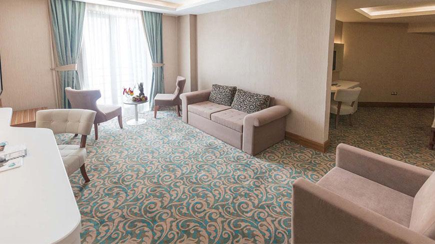 junior-oda-cam-hotel-54321