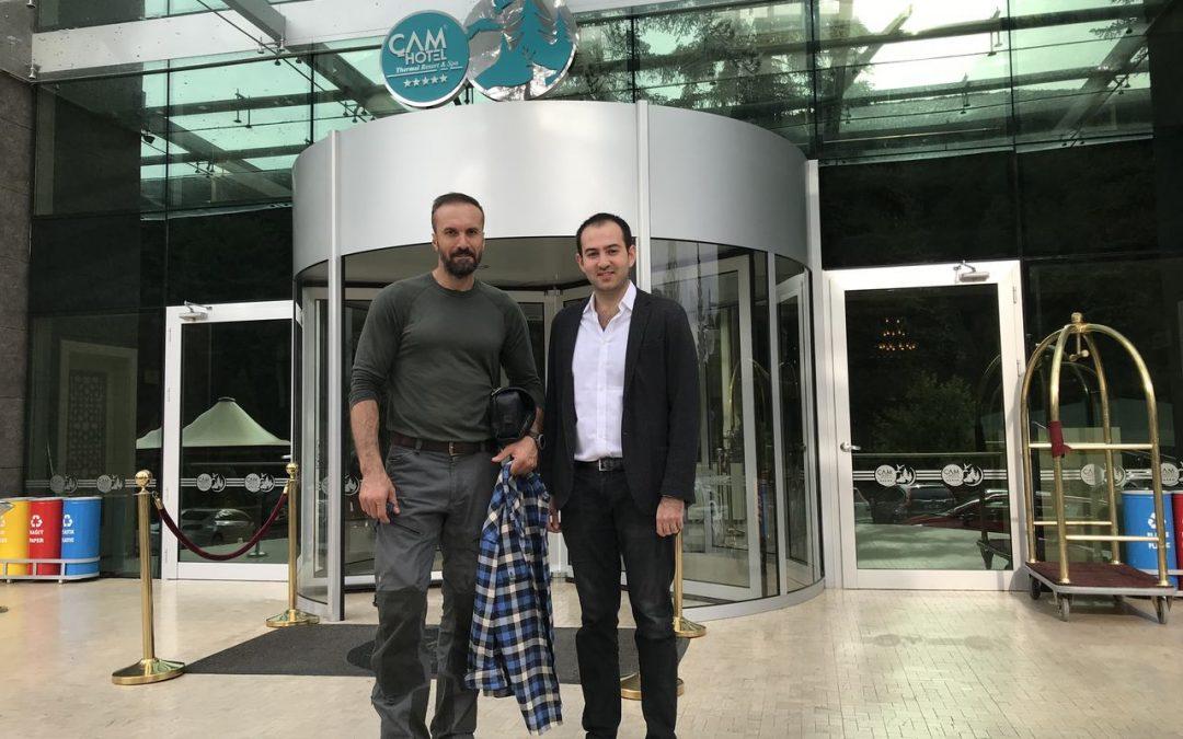 """""""Doğadaki İnsan"""" Serdar Kılıç, Çam Hotel'in Ziyaretçisi Oldu!"""