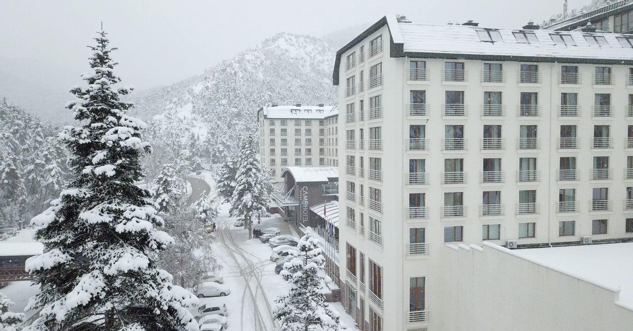 Çam Hotel - Kar Manzarası