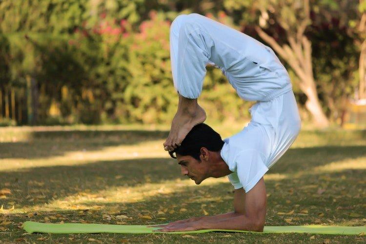 akrep pozu, yoga nedir nasıl yapılır