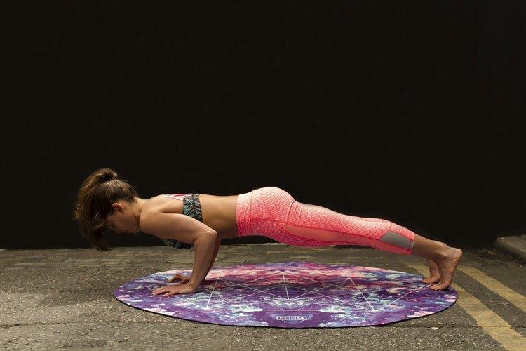 tavus kuşu pozu, yoga nedir nasıl yapılır