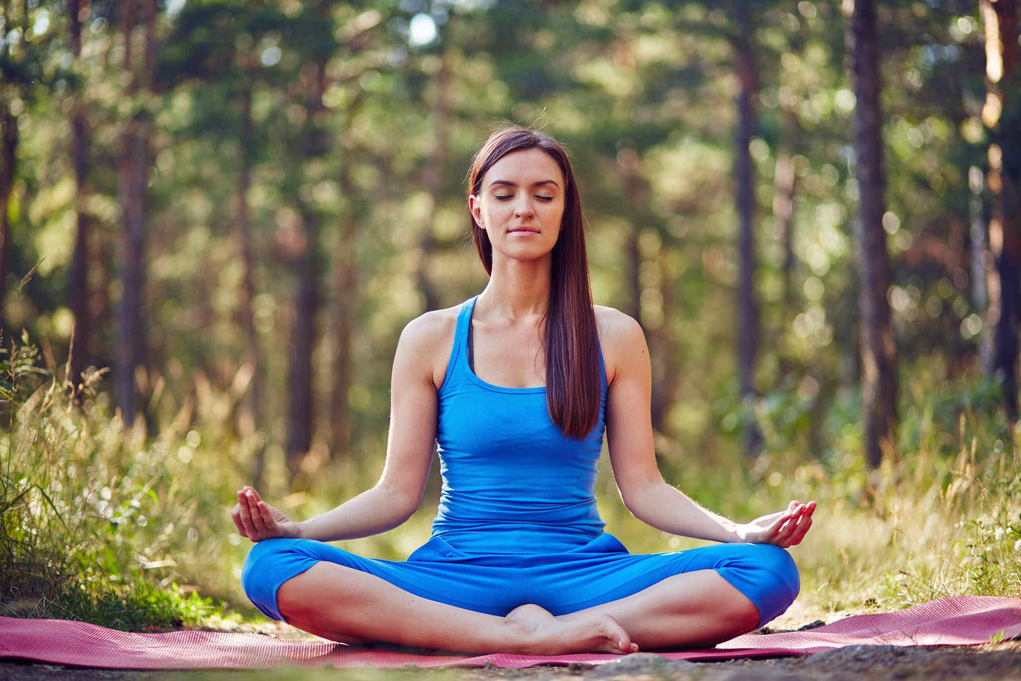 yoga yapan kadın, yoganın faydaları