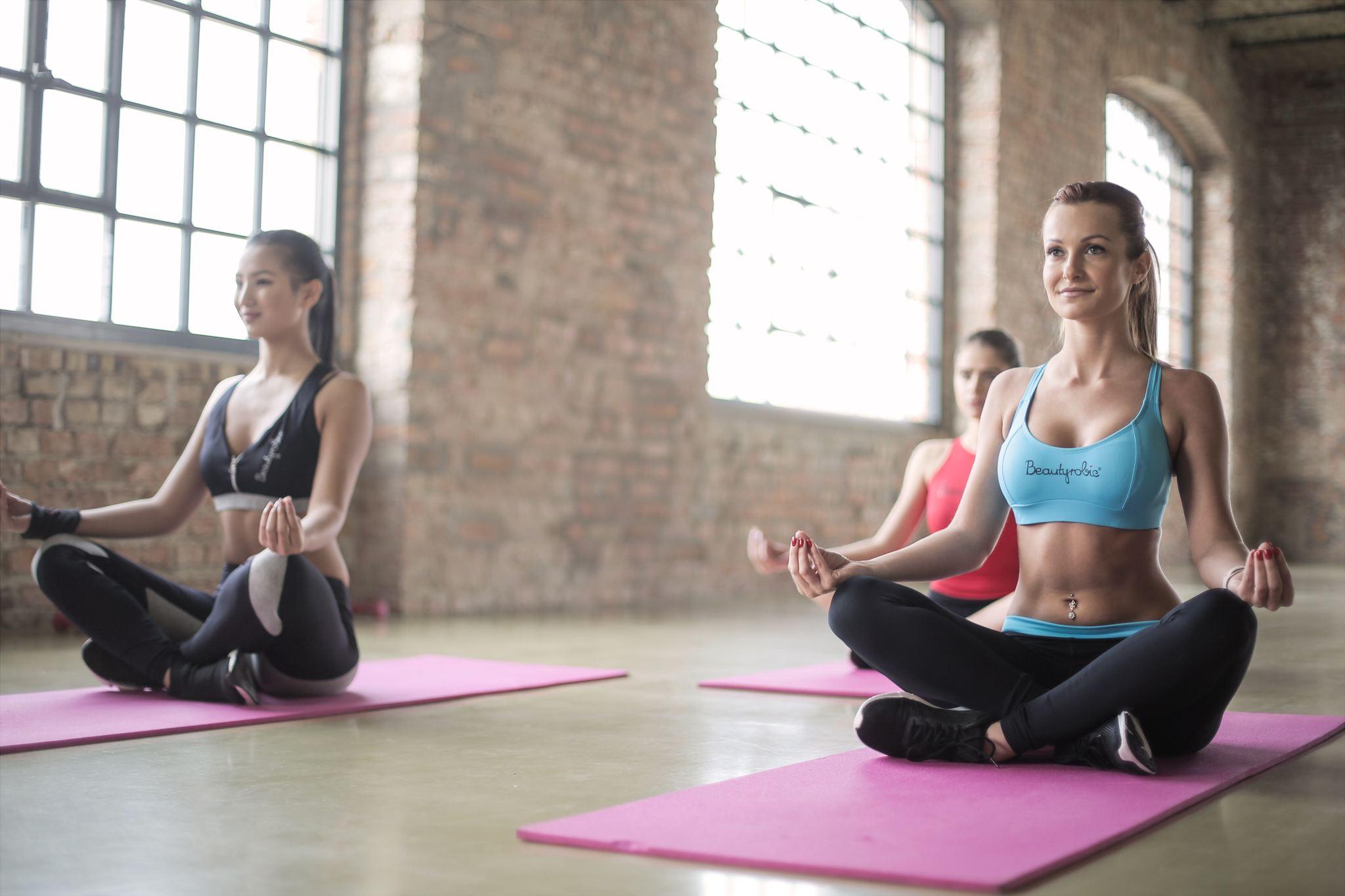 yoga grup dersi, yoganın faydaları